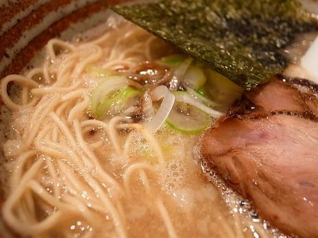麺屋錦堂の黒マー油ラーメン