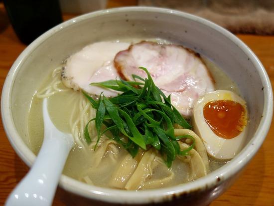鶏チャーシュー麺@臥龍