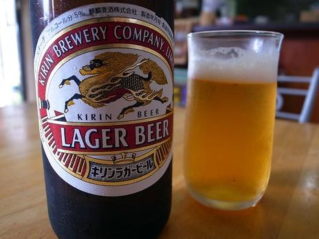 富士屋でビール