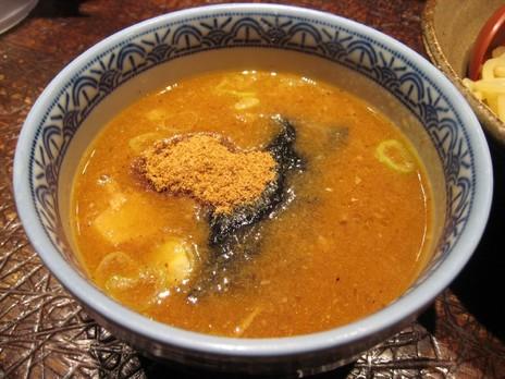 三田製麺所(新宿歌舞伎町)つけダレ