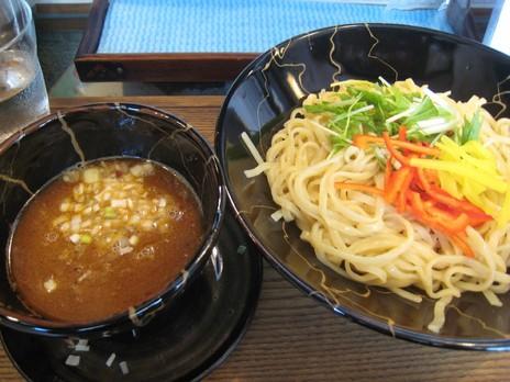 生粋四代湯島庵(千代田線湯島駅)サンマ白湯つけ麺