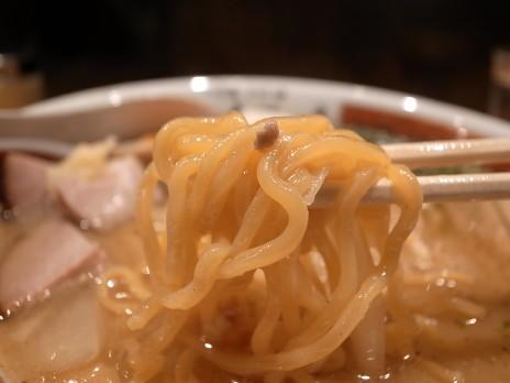 二代目つじ田「味噌の章」(小川町)麺