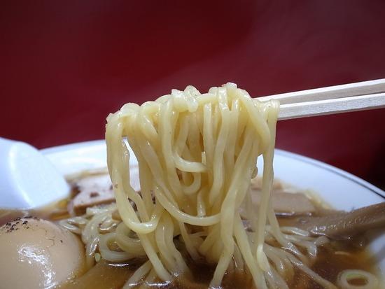 漢珍亭の麺