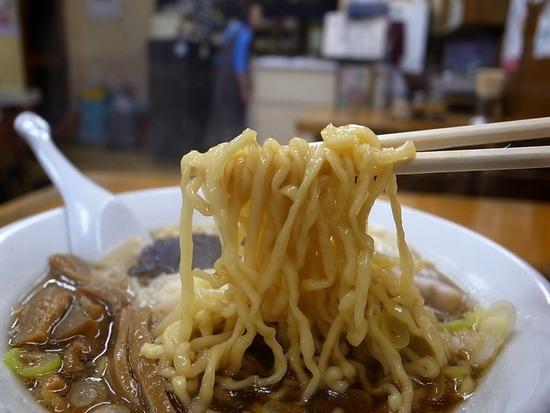 浅草来集軒の麺