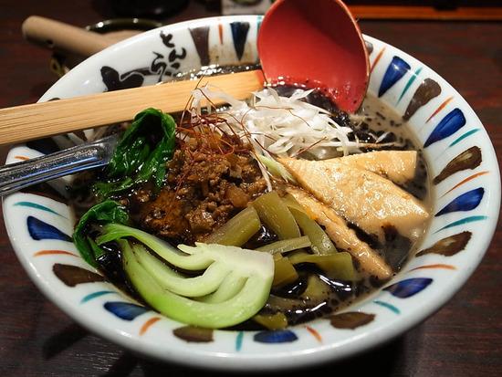 黒ごま担々麺@七志