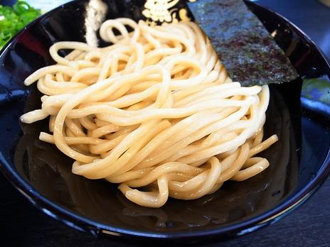 つけ麺無極の極太麺