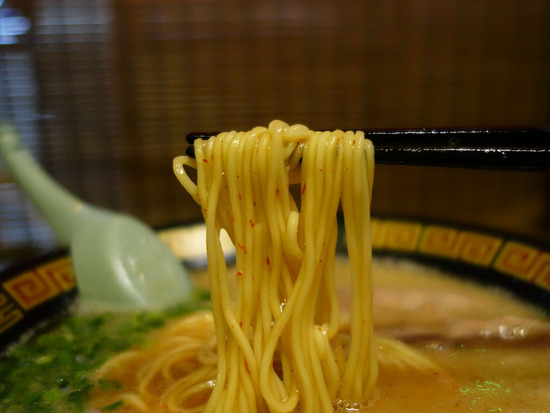 一蘭の極細麺