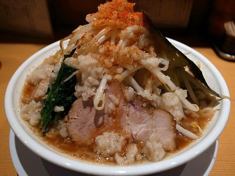 背脂煮干らぁ麺+野菜増し@どっかん