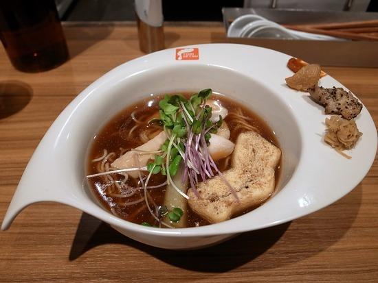 TORISETSU鶏醤油ラーメン