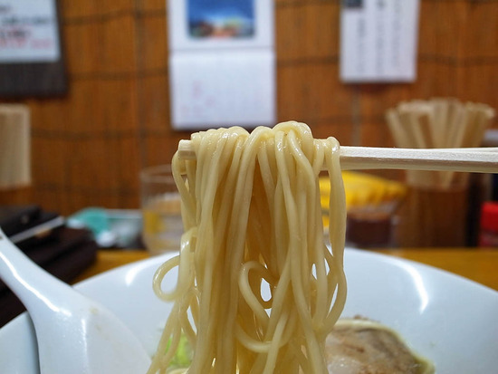 パツパツ麺