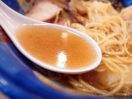 たんたん亭の支那そばスープ