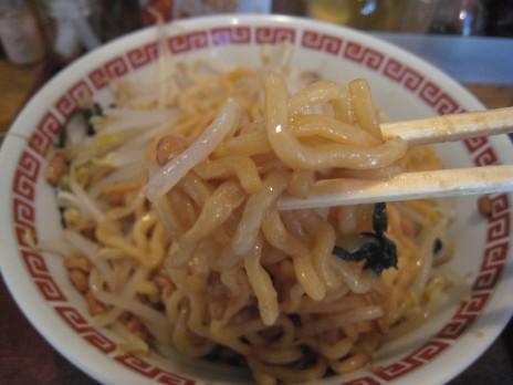 とんちん亭(本郷三丁目)麺