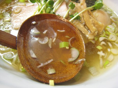 麺屋げんぞう(湯島)スープ