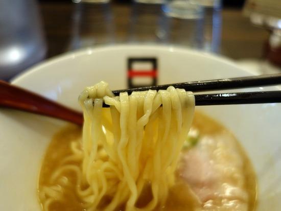 hachiの麺