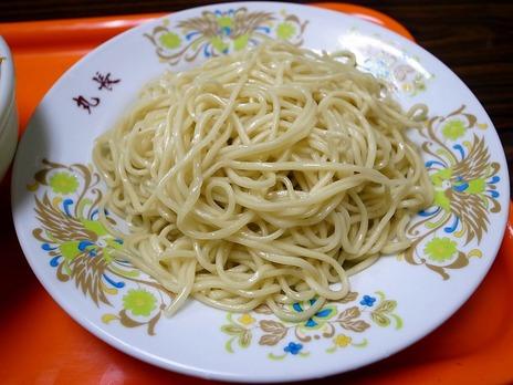 豪徳寺丸長の麺