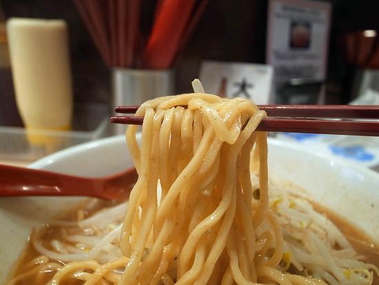 プルプル麺