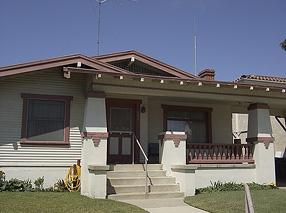 アメリカの経済的な平屋建て小住宅02