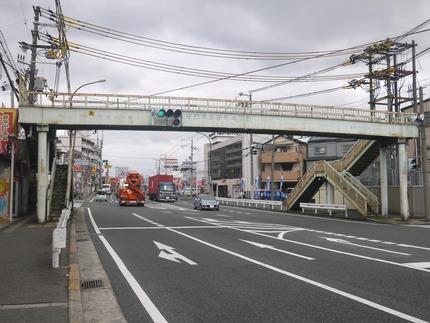 金田1号歩道橋