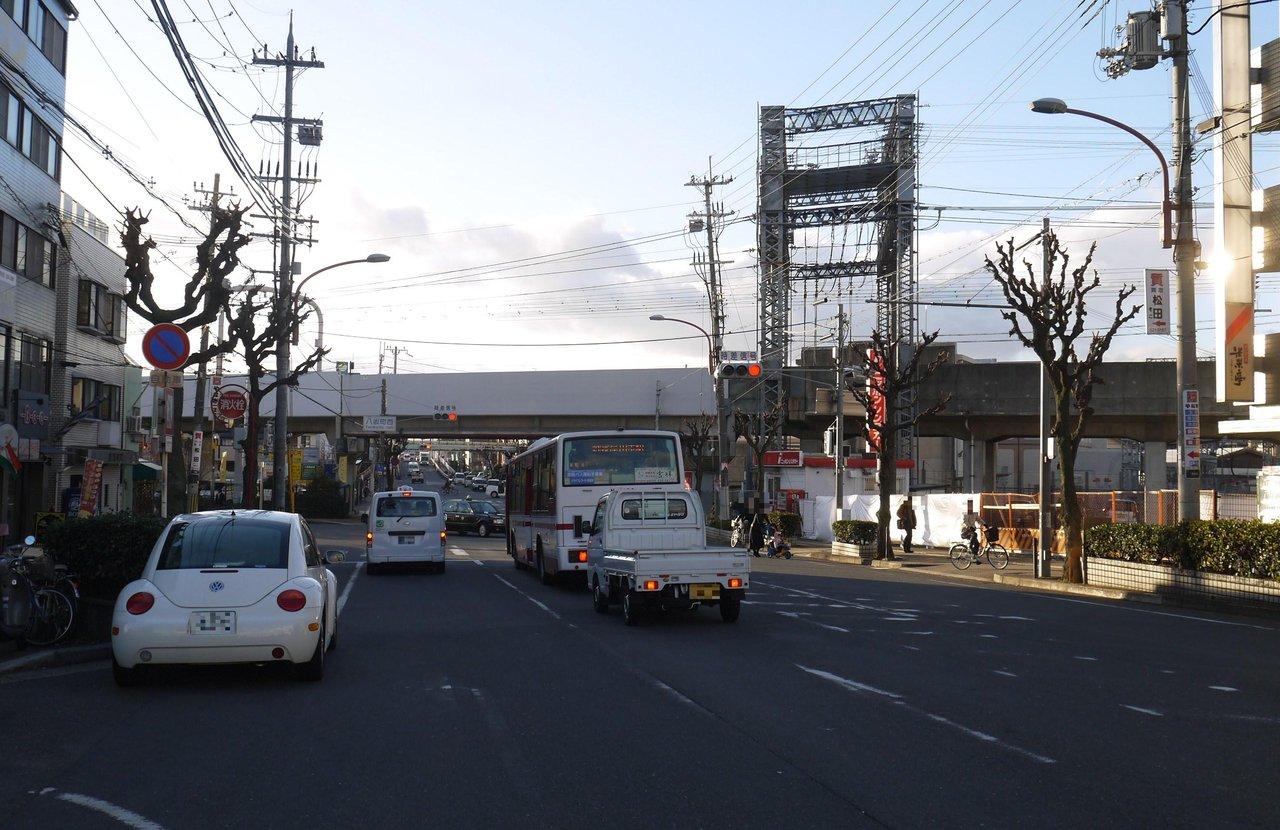 マチコロ寝屋川:八坂町西交差点...