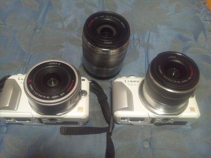 カメラが2台、レンズが3本
