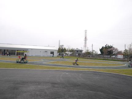周回コースの右半分