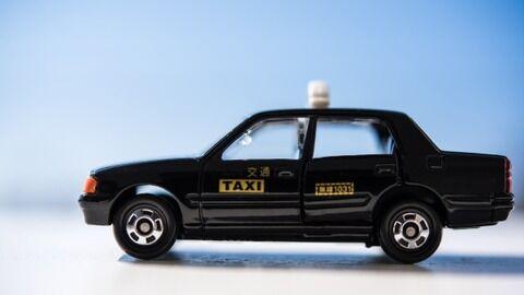 【新型コロナ】タクシー業界、やばいことになってる・・・