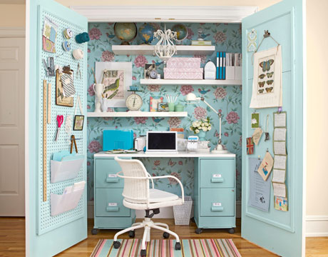 turn-cabinet-into-a-mini-home-office-0