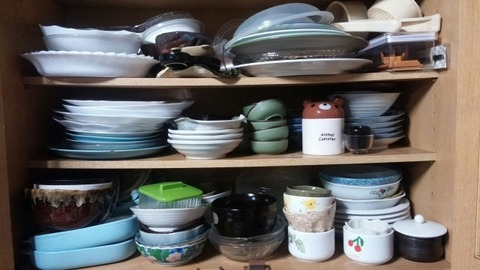 古い食器を定期的に捨てたらキッチンが広くなった