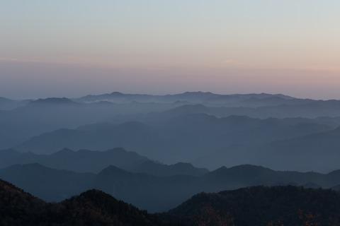 山々が目覚めてきました