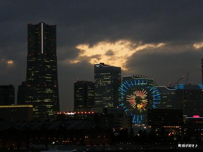 2009100374 みなとみらいと夜景