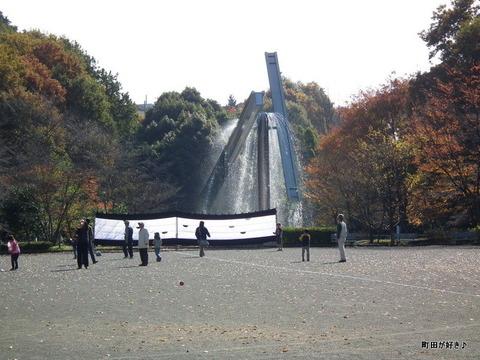 2010112710芹ヶ谷公園噴水