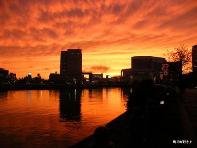 2009111447 横浜の夕焼け