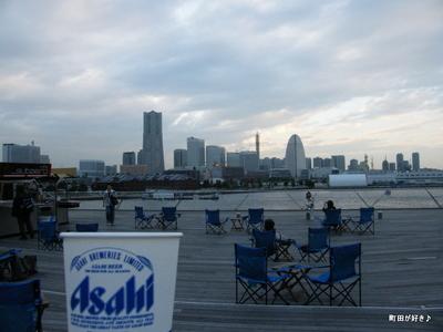 2009100358 大さん橋 生ビール