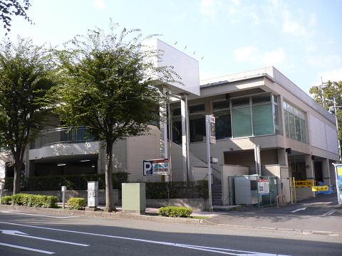2008100405.jpg ショップ99 成瀬店 閉店