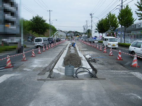 2009071153.jpg 鎌倉街道今井谷戸交差点改良工事