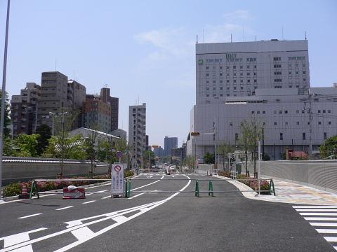 2009051006.jpg 都市計画道路3・3・7号線