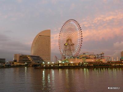 2009111443 横浜の夕景