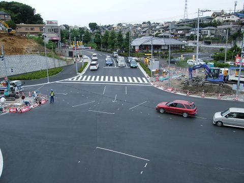 2009071150.jpg 鎌倉街道今井谷戸交差点改良工事