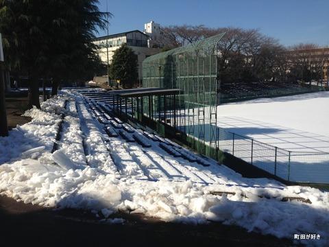 20130119077町田市民球場は、まだ真っ白!