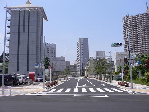 2009051008.jpg 都市計画道路3・3・7号線