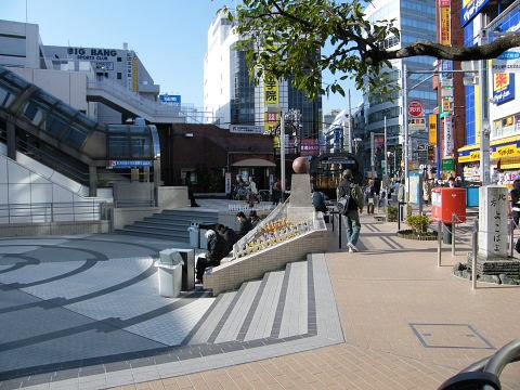 20090221084.jpg カリヨン広場工事完了