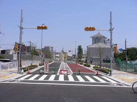 2009051013.jpg 都市計画道路3・3・7号線