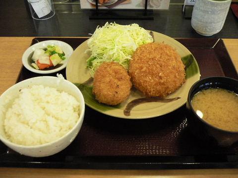 2009012432.jpg とん風定食780円