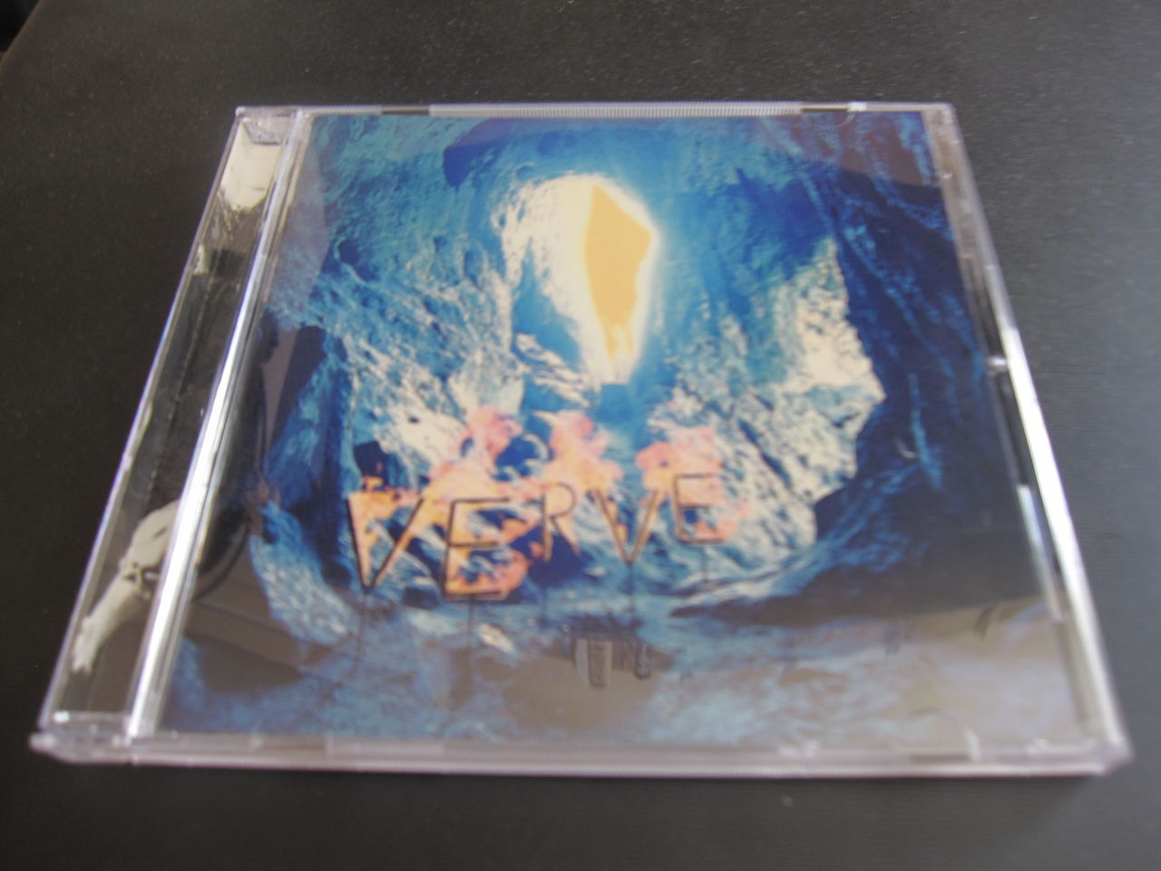 The Verveのアルバム。A Storm I...