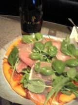ワインとピザ