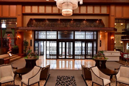 「マスカレードホテル ロイヤルパークホテル東京」の画像検索結果