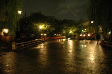 京都祇園新橋通りお散歩道夜遊び