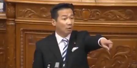 ツイッター速報立憲・福山哲郎氏「感染人数を発表するだけの東京都知事と隠れ続ける安倍総理。このまま無為無策を続けるなら、内閣総辞職に値する。」コメントコメントする