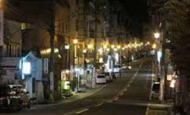【謎】夜の民家に童子現れ「今晩泊めて下さい。何でもお手伝いします」 断られると「僕のことわからないの」などと言い立ち去る・新潟県湯沢