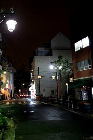 夜の住宅地